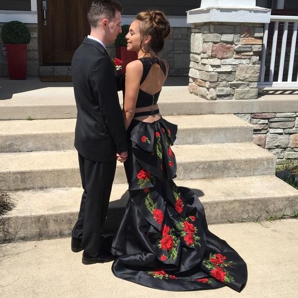 93e8ad5e6e8ca Sherri Hill Dresses | Black And Red Floral Dress Style 51027 | Poshmark